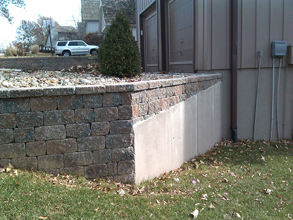 Retaining wall at edge of yard
